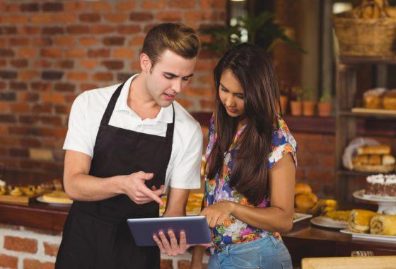 tecnologia y software de punta para mejorar el servicio en los restaurantes